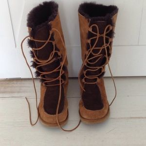 Ugg tall Whitley lace up boots